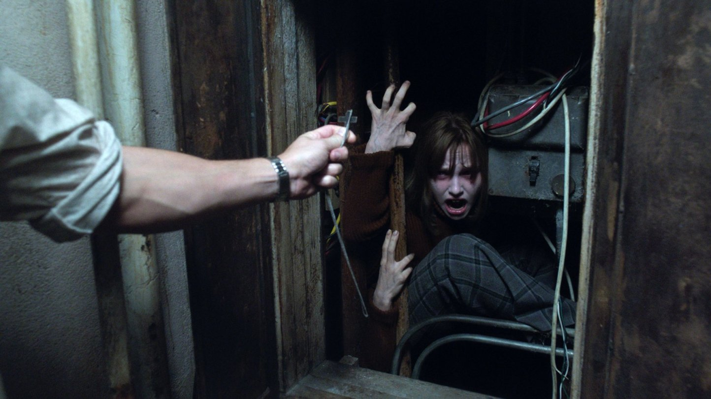 movie review the conjuring Movies and tv shows are certified fresh with a steady tomatometer of 75% or higher after a set amount of reviews (80 for wide-release movies, 40 for limited-release movies, 20 for tv the conjuring lives up to the marketing and hype, it is easily one of the best horror films so far this year.